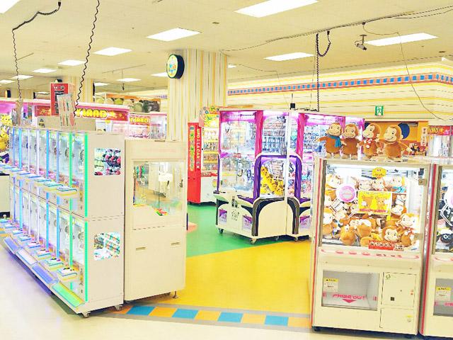 小田栄駅でクレーンゲームができるスポット「プレイランド イトーヨーカドー川崎店」内観